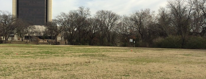 Anderson Bonner Park is one of Dallas Parks.