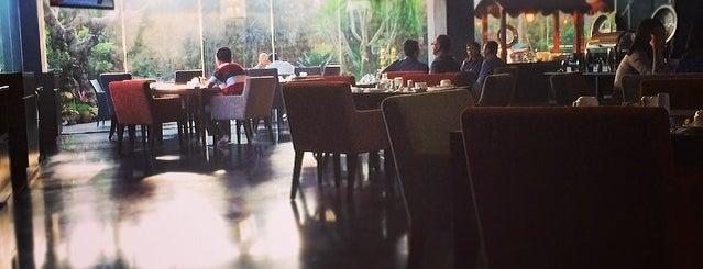 Cosmo Amaroossa Hotel Jakarta is one of Erin 님이 좋아한 장소.