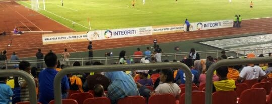 Stadium Hang Jebat is one of Locais salvos de Al-Fateh.