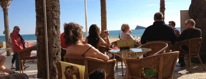 Ku Lounge Cafe is one of สถานที่ที่ Héctor ถูกใจ.
