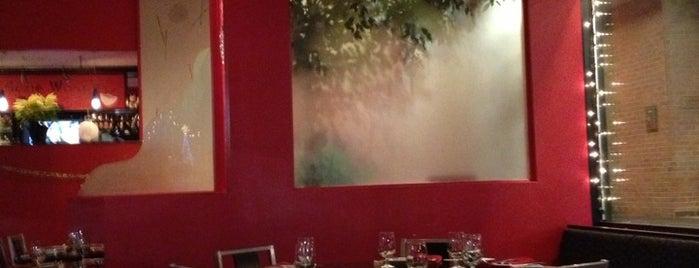 Suzie Wong's On Madison is one of สถานที่ที่ Evan ถูกใจ.