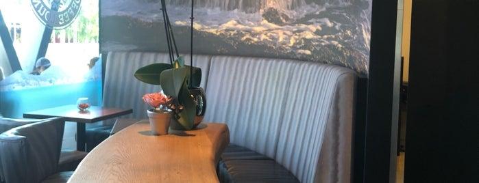 Cape Town Coffee Lounge is one of Düsseldorf Best: Coffee & desserts.