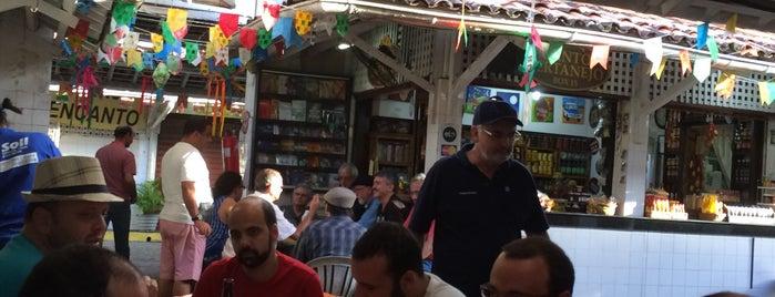 Confraria dos Chifrudos is one of Restaurantes e Bares.