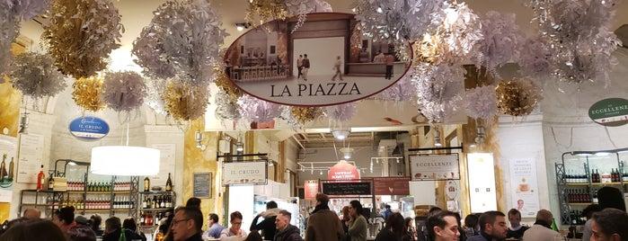 La Piazza at Eataly is one of Locais curtidos por Joao Ricardo.