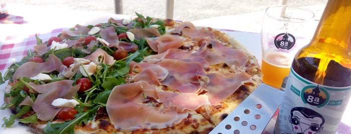 La Fóllia de Belém is one of Pizzeria / Italiano.