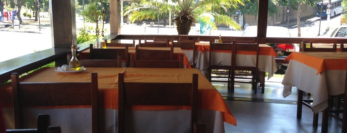 Pizzaria Mangabeiras is one of Bares e restaurantes BH.