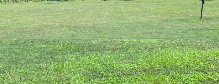 The Fairways Driving Range is one of Lieux qui ont plu à Kyle.