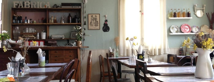 Café na Fábrica is one of ~ curiosités /UK|FR|PT|etc.
