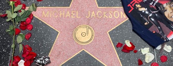 Michael Jackson's Star is one of Orte, die Moe gefallen.