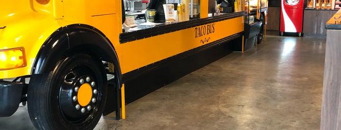 Taco Bus is one of Mallory 님이 좋아한 장소.