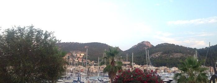 Media Luna Restaurant is one of Mallorca.