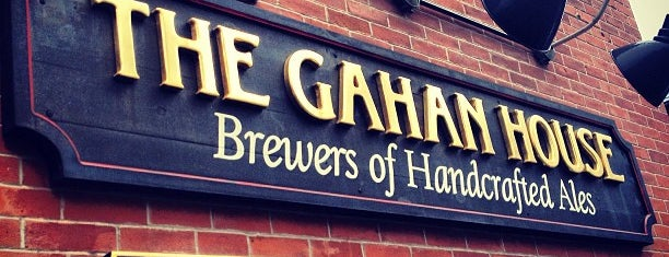 Gahan House Pub & Brewery is one of Lugares favoritos de Steve.