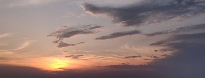 The Sunset is one of Tempat yang Disukai Dan.