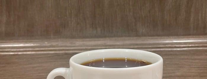 Omotesando Koffee is one of Hong Kong Hangouts.