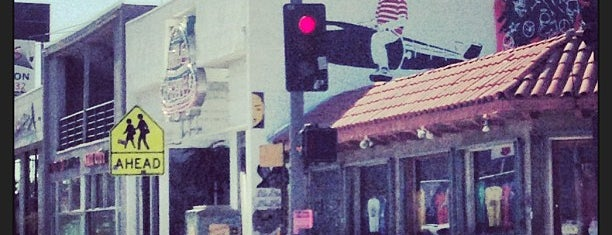 Melrose Avenue is one of Los angeles CA..