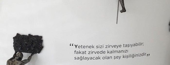 Dentalium Diş Sağlığı Merkezi is one of Posti che sono piaciuti a No's🖤.