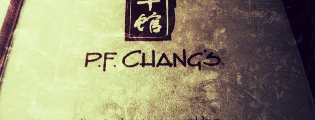 P.F. Chang's is one of Locais curtidos por Alex.