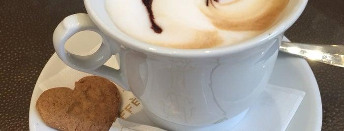 Caffè Giacosa is one of Firenze.