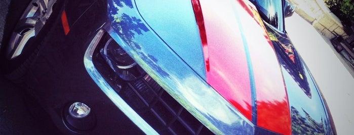 Diren Grup Luxury Car & Yacht Rental is one of Keremさんの保存済みスポット.