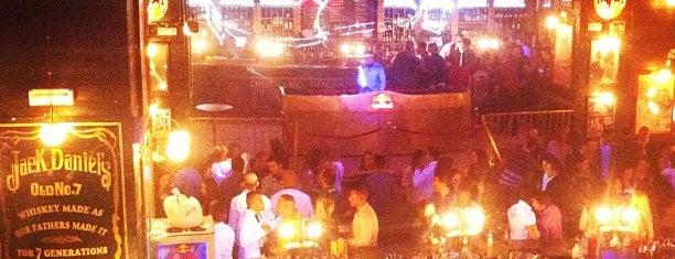 Discoteca Mae West is one of Lugares favoritos de Sergio.