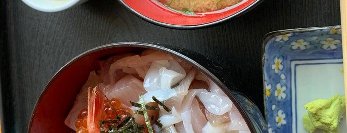 おさしみ処 かねまつ is one of Posti che sono piaciuti a Shigeo.