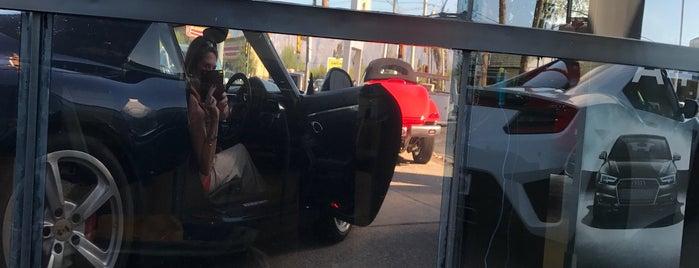 Porsche of Tucson is one of Orte, die Michael gefallen.