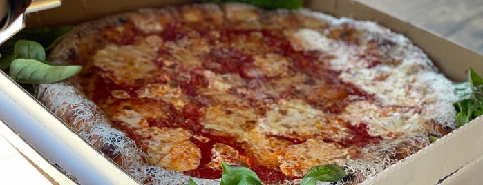June's Pizza is one of SF Chronicle.
