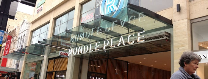 Rundle Place is one of Tempat yang Disukai Rebecca.