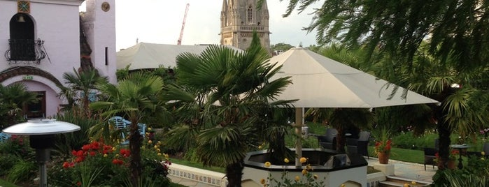 Kensington Roof Gardens is one of BarChick's Bars for Big Groups.