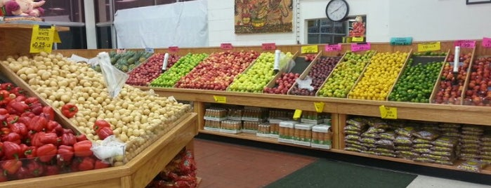 Patel Brothers Grocery is one of Mangat's Liked Places.