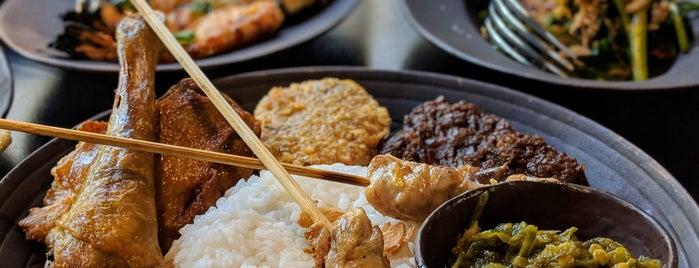 Lumbung Restaurant is one of Bali Indonésie 🇮🇩.