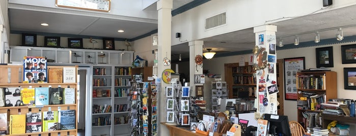 Sundial Books is one of Chincoteague.