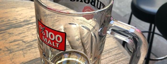 Bublee Bar is one of Locais curtidos por Ekrem.