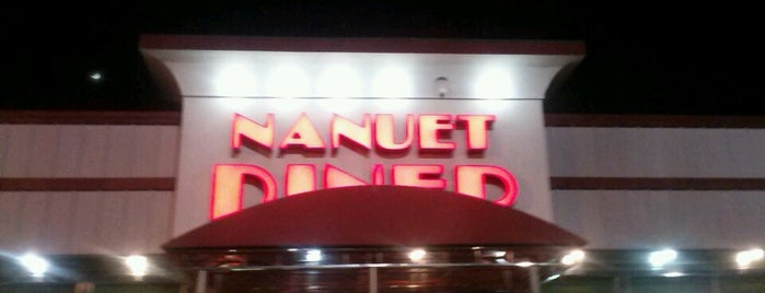 Nanuet Diner is one of Posti salvati di Lizzie.