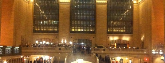 グランドセントラル駅 is one of NYC Favourites.
