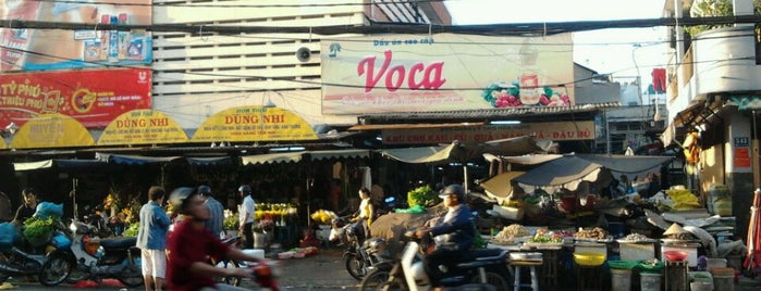 Hoa Hung Market is one of Vietnam.