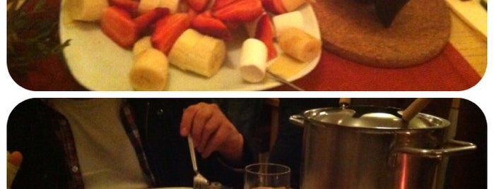 Crépe & Fondue is one of romantik.