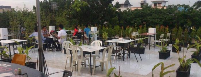Grand Keude Kupie Ulee Kareng & Gayo is one of Medan culinary spot.