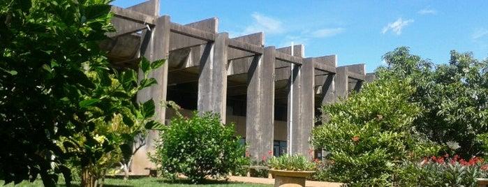 ICC Sul - Instituto Central de Ciências is one of Rafael 님이 좋아한 장소.