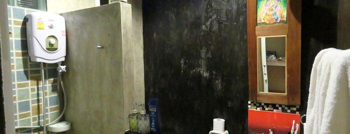 Baan Jaru Hotel is one of สถานที่ที่ Just ถูกใจ.
