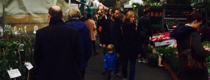 Columbia Road Flower Market is one of Almost Locals em Londres.