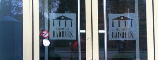 Brasschaats Badhuis is one of Lieux qui ont plu à Karin.