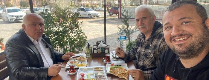 Akşam Simit is one of kahvalti sepeti.