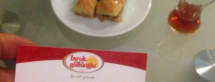 güllüoğlu florya is one of Restaurantlar.