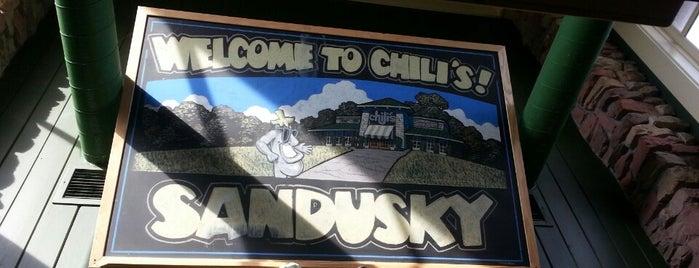 Chili's Grill & Bar is one of สถานที่ที่ Chris ถูกใจ.