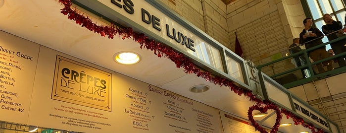 Crepes De Luxe is one of CLE.