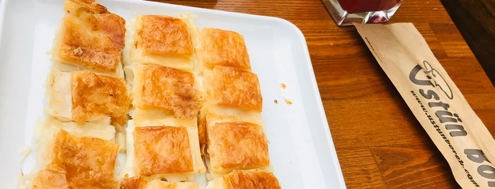 Üstün Börek is one of Posti che sono piaciuti a Fatih.