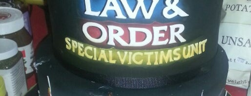 Law & Order Special Victims Unit is one of Check In.