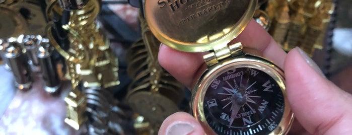Sherlock Holmes Memorabilia Company is one of Posti salvati di kazahel.