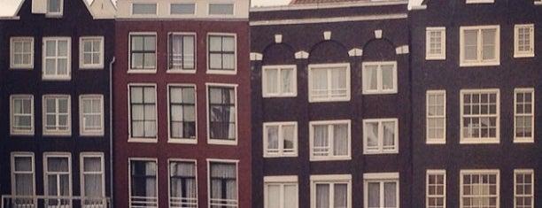 Oudezijds Voorburgwal is one of Amsterdam❤️.